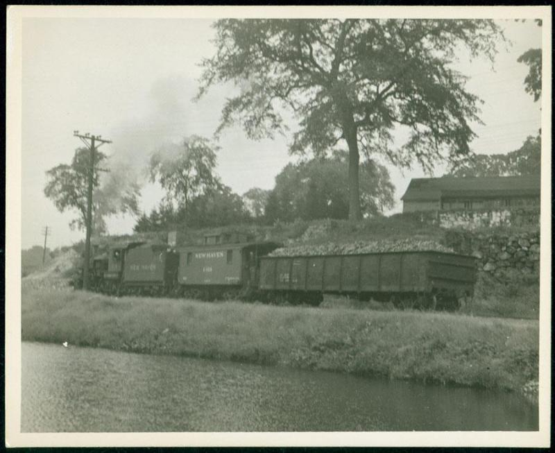 Museum purchase, 1998.77.0  Photograph by David Stansbury.  © 2010 The Connecticut Historical Society.