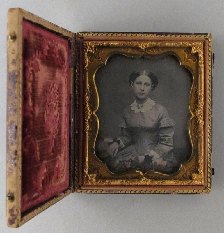 Gift of the Rosalie Thorne McKenna Foundation, 2011.344.115  © 2012 The Connecticut Historical Society.