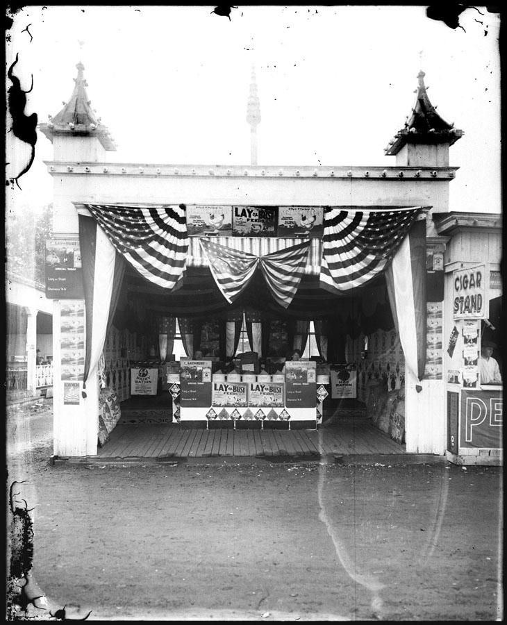 Gift of the Johnson Family, 1913.9.3  © 2013 The Connecticut Historical Society.