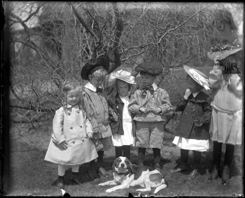 Gift of Mrs. C. G. Rockwood, 1917.13.1  © 2012 The Connecticut Historical Society.