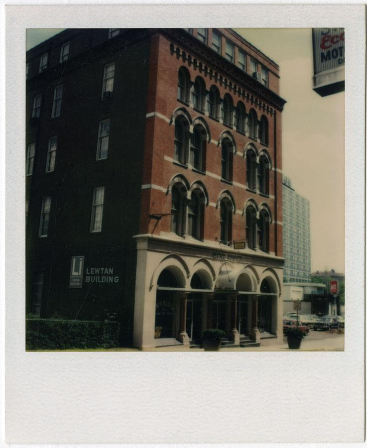 Connecticut Historical Society collection, 2012.312.32  © 2012 The Connecticut Historical Society.